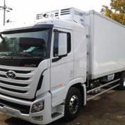 Đầu kéo Hyundai Xcient cao cấp tải trọng 39T